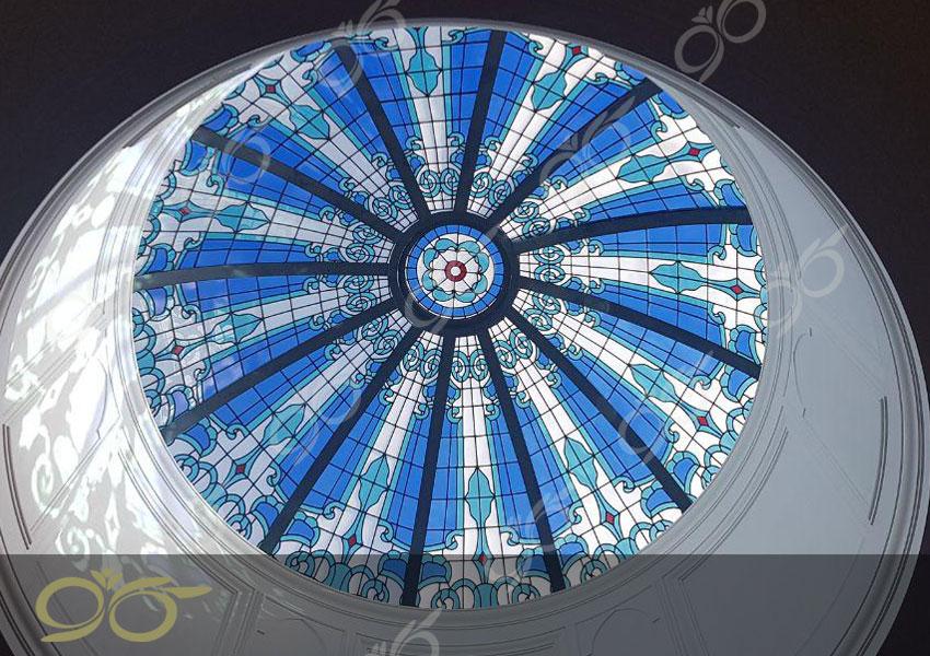 یزد ; ساخت گنبد شیشه ای دکوراتیو – با تکنیک تیفانی – استیند گلس ( استین گلاس )