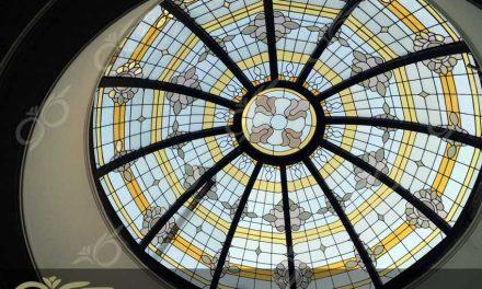 نیاوران ; ساخت گنبد شیشه ای دکوراتیو – با تکنیک تیفانی – استیند گلس ( استین گلاس )