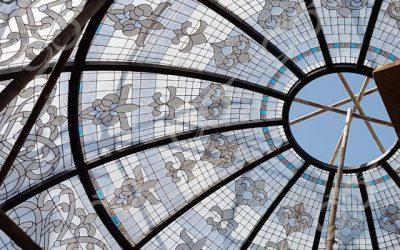 باغ فردوس ; ساخت گنبد شیشه ای دکوراتیو – با تکنیک تیفانی – استیند گلس
