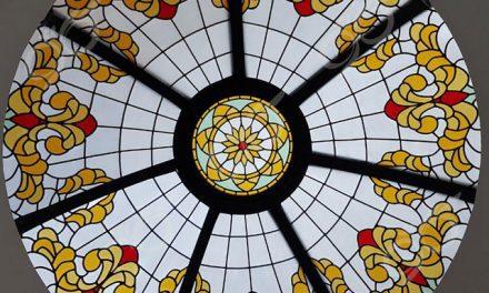 بانک رسالت ; ساخت گنبد شیشه ای دکوراتیو – با تکنیک تیفانی – استیند گلس