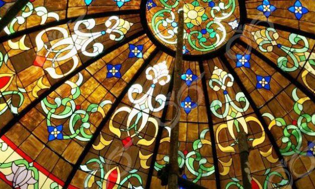 ارومیه ; ساخت گنبد شیشه ایی دکوراتیو – با تکنیک تیفانی – استیند گلس