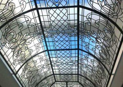 سقف نورگیر شیشه ای استین گلس
