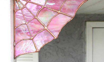 مدل عنکبوتی از شیشههای تزئینی استین گلس