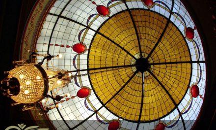 گنبد های شیشه ای استیندگلس