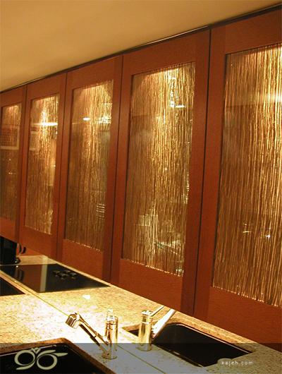 پوشش دیوار با شیشه های رنگی فوتولمینیت