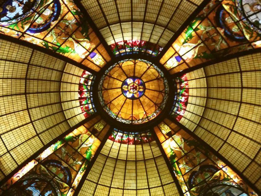 ۲تکنیک اجرای گنبد های شیشه ای تزئینی