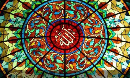 کاربرد شیشه های تزئینی استیند گلس در کلیساها و مساجد