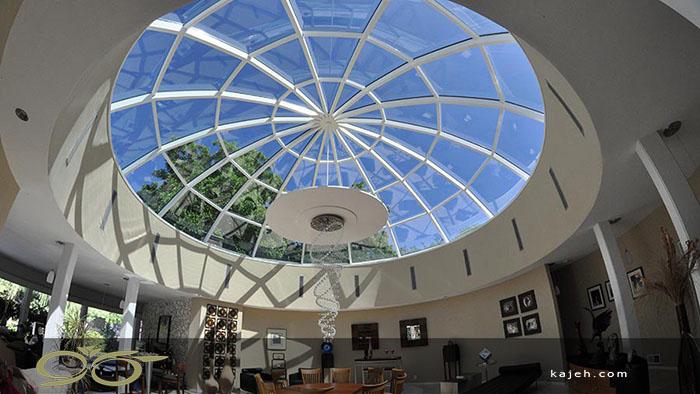 القای شکوه و عظمت در بنا، به کمک گنبدهای شیشه ای استیند گلس