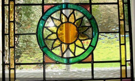 پنجره استیندگلس