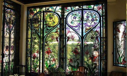 کاربرد شیشه های استیند گلس برای درب لابی