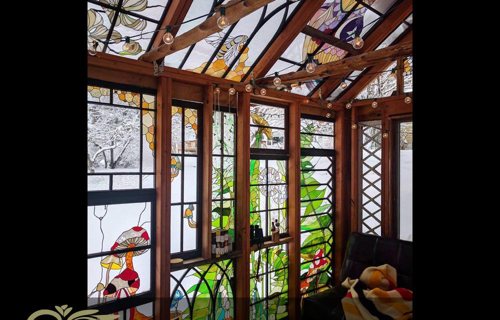 خانه چوبی با طرح استیندگلس