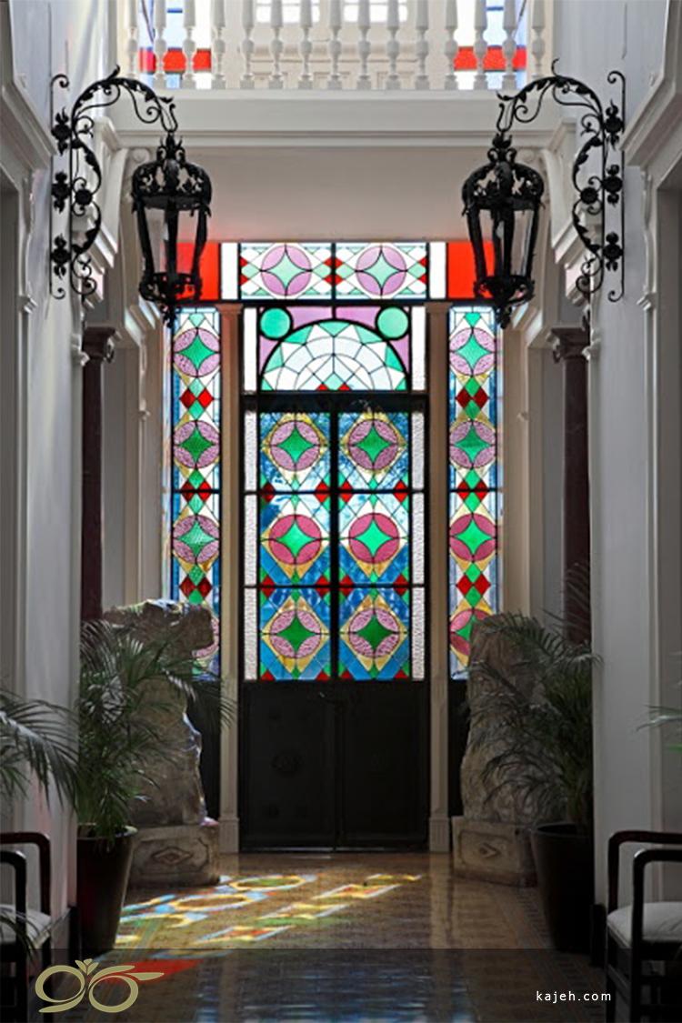 استفاده از شیشه های استیند گلس در طراحی دکوراسیون داخلی