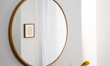چگونه با نصب آینه روی دیوار ، فضای خانه بزرگ تر جلوه می کند؟
