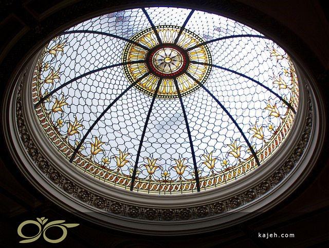 معماری مدرن گنبد شیشه ای