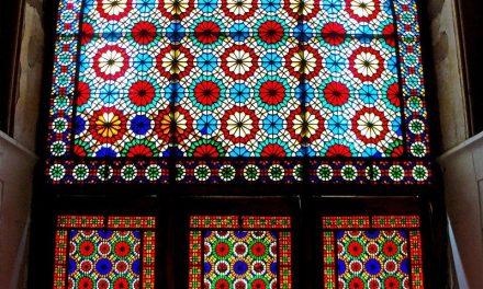 شیشه های تزئینی استین گلس ، شیشه های رنگی و دکوراتیو