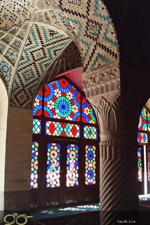 شیشه های تزئینی استین گلس، شیشه های رنگی و دکوراتیو