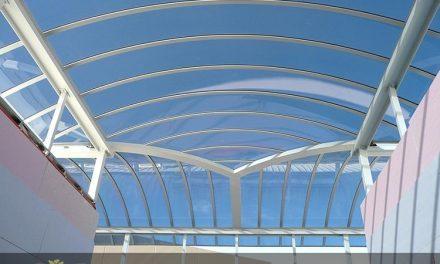نورگیر پلی کربنات ؛ مزیت ورق ها، انواع و وِیژگی های آن