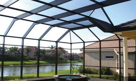 نصب و اجرای سقف پلی کربنات برای طراحی استخر
