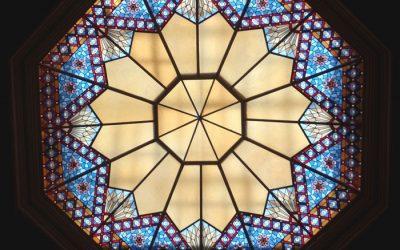 هر آن چه برای انتخاب سقف نورگیر شیشه ای در ساختمان باید بدانید!