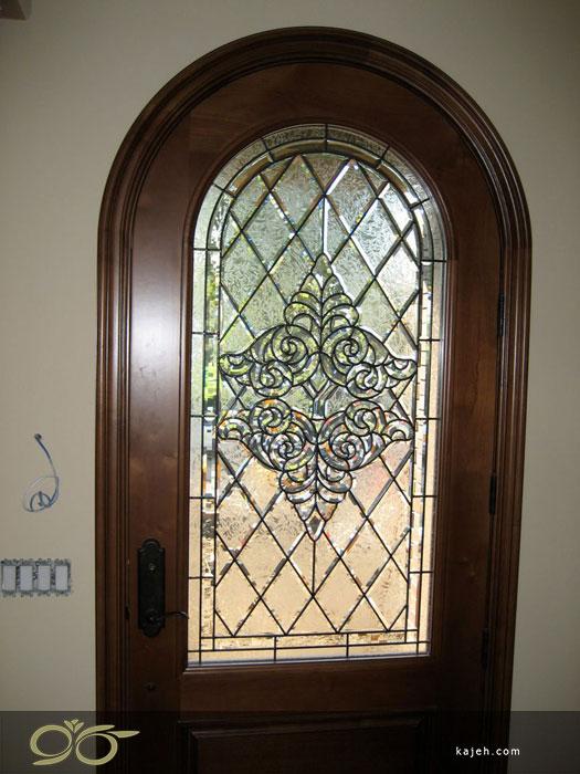 چرا زیبایی و استحکام شیشه درب لابی مهم است