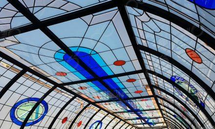 گنبدی شیشه ای مجتمع تجاری فیروزه بازار نادری اهواز + فیلم