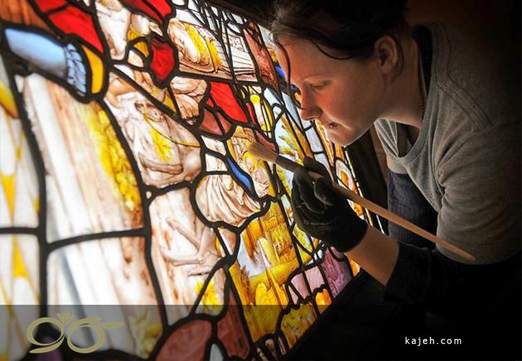 نظافت شیشه های تزئینی استین گلاس