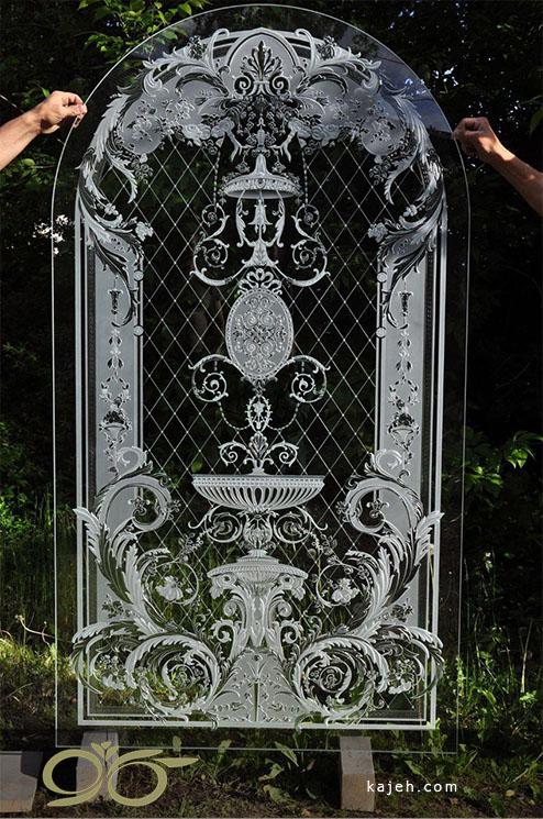 تراش روی شیشه با نقش و نگار سنتی