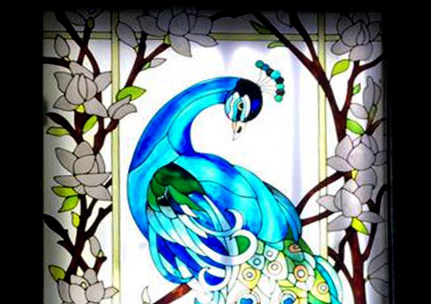 طاووس شیشه ای ; طراحی طاووس روی شیشه دکوراتیو و تزئینی رستوران + فیلم
