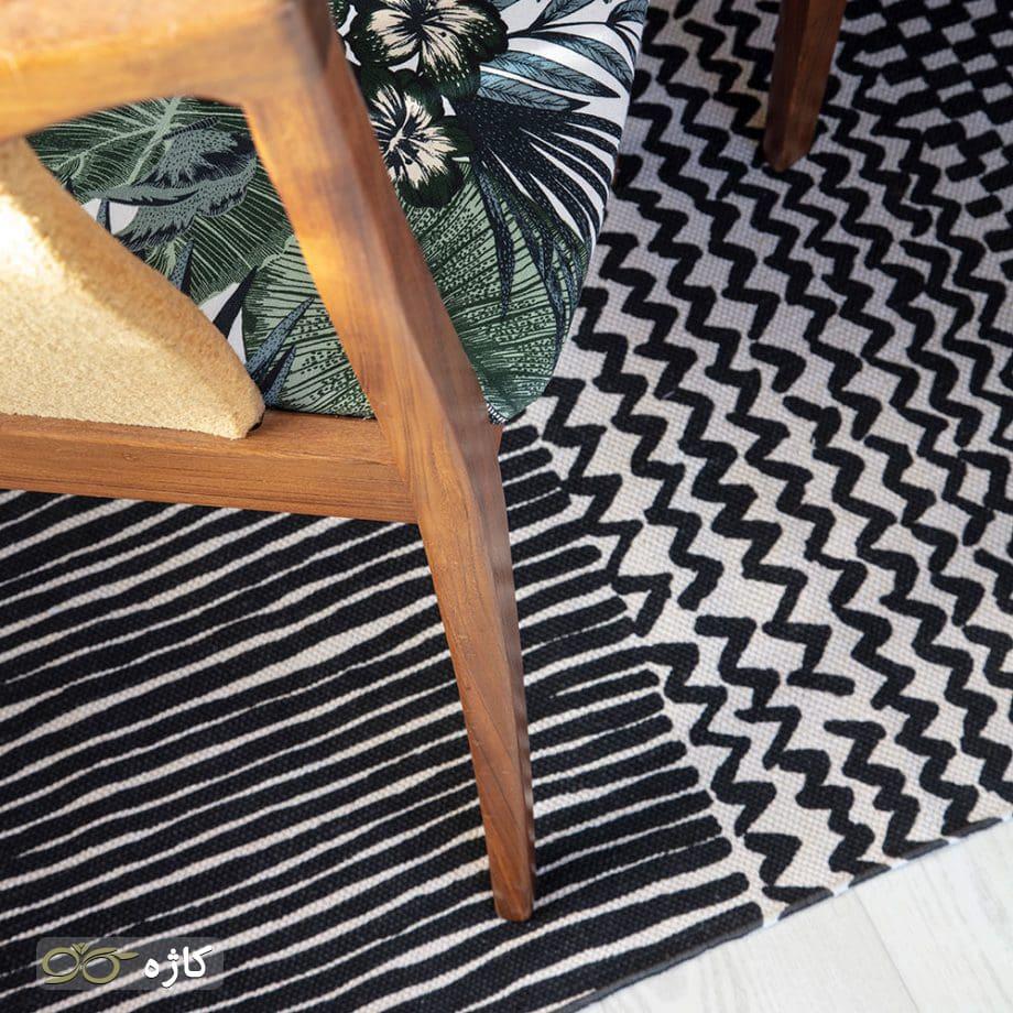 ک فرش سفارشی در خانه پهن کنید