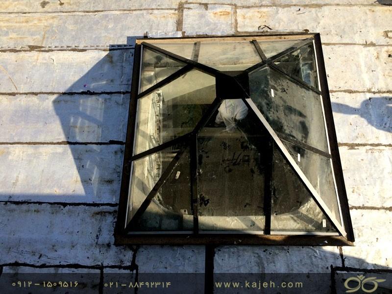 هرم شیشه ای - کاژه